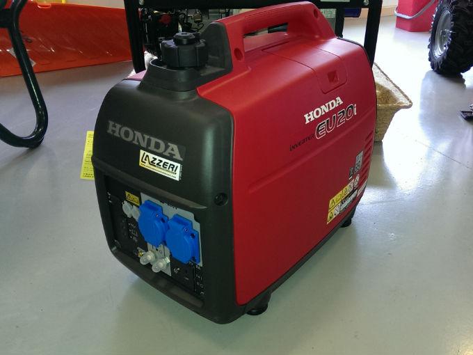 Generatore di corrente silenziato honda eu20i for Generatore di corrente 10 kw